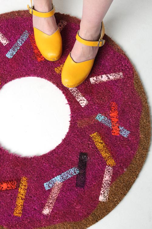 make-a-donut-rug