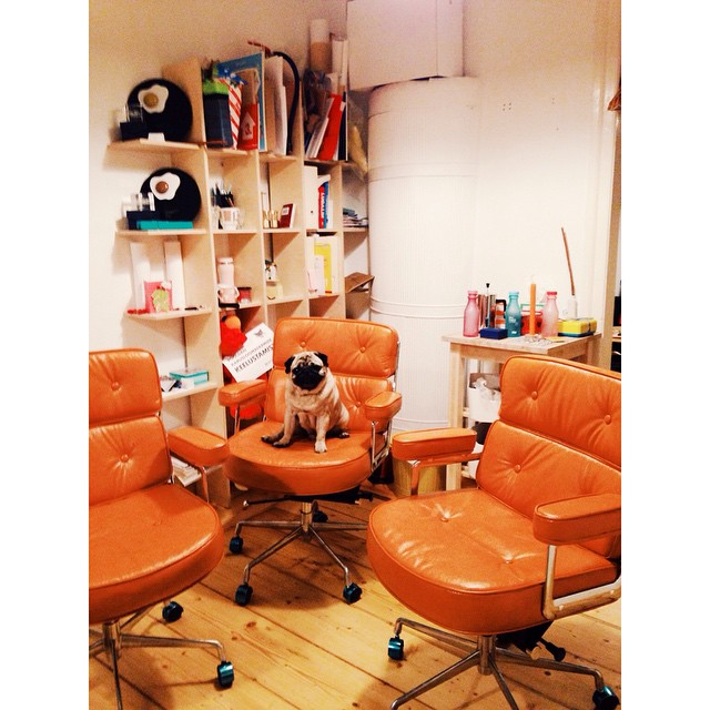 FINALLY our beloved chairs have arrived. #madmen #eameslobbychair #hmmmstudio #kostja_pug